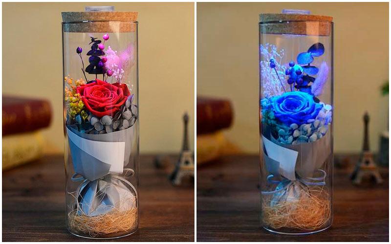 цветы в колбе