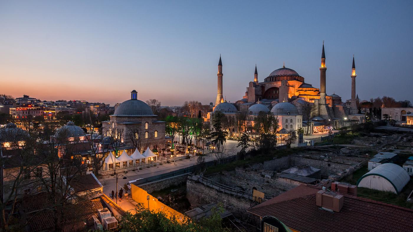В каком районе и отеле Стамбула остановиться
