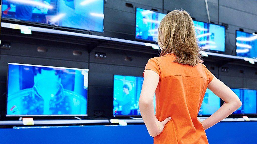 витрина с телевизорами