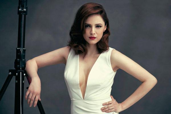 Топ 13 турецких актрис, которые сделали пластику