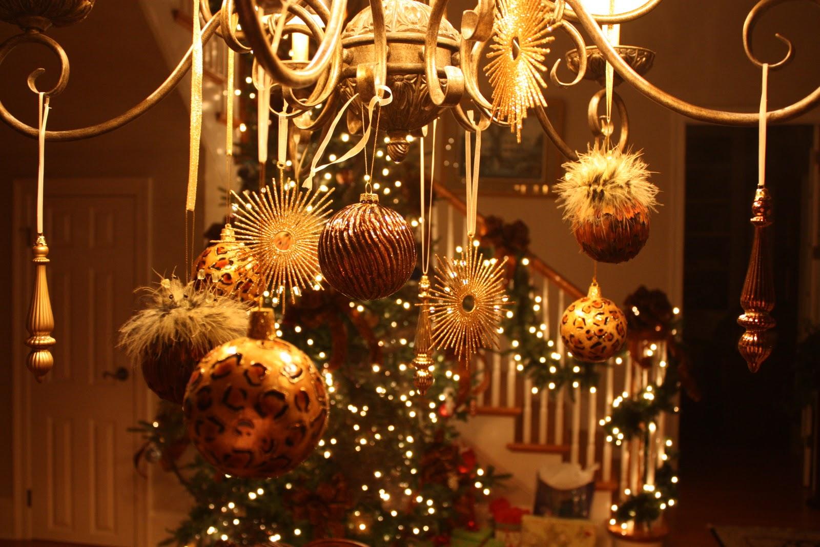 настоящих ценителей фото как украсить дом на новый год думаю лишнем будет