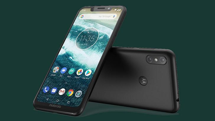 Обзор первого телефона на Android: 10 Motorola One Power