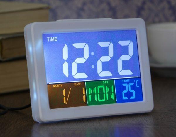 Настольные часы с подсветкой