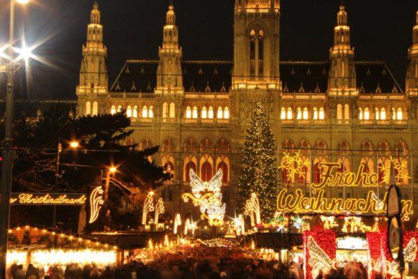 Как встретить новый год в Австрии, если в кармане 130 долларов