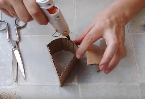 Как украсить дом на Новый год 2020 своими руками