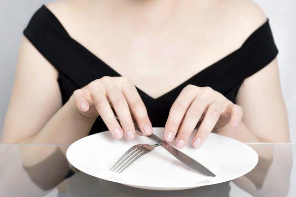Строгие диеты и голодание зимой: все за и против