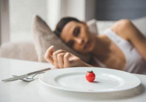 Строгие диеты и голодание зимой