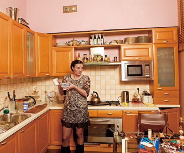 Интерьер современной квартиры Елены Ваенги и загородный дом певицы