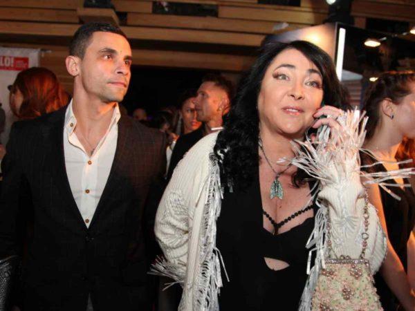 Лолита в Израиле: кто оплатил солнечные деньки певицы