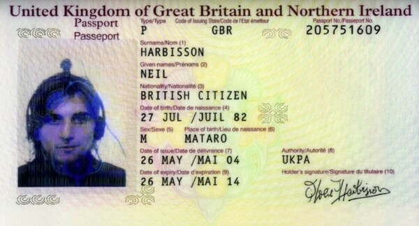 Факты о первом в мире человеке-киборге - Ниле Харбиссоне