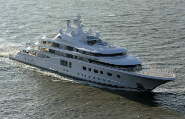 яхта галицкого