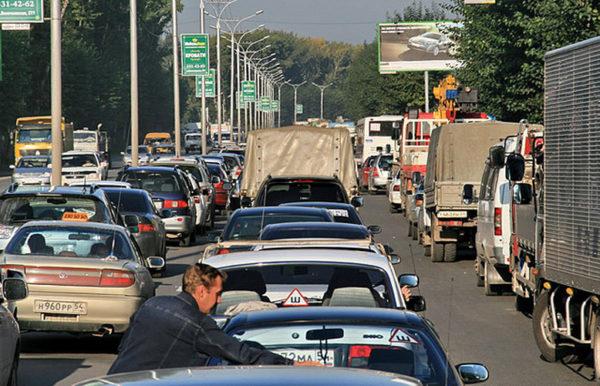Можно ли выехать из Москвы на дачу на личном авто