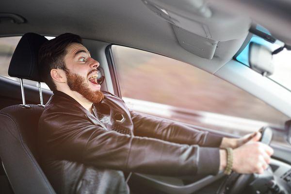 Правда ли, что владельцы дорогих машин чаще нарушают ПДД