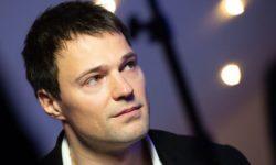 Где сегодня живет популярный актер Данила Козловский