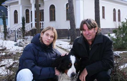 Московская квартира Юрия Лозы и уютный загородный дом в Подмосковье