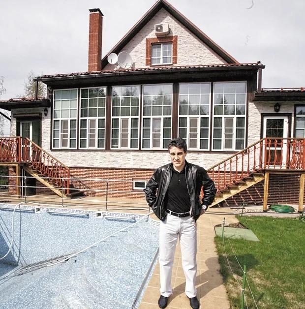 Что мы знаем о недвижимости телеведущего Алексея Пиманова